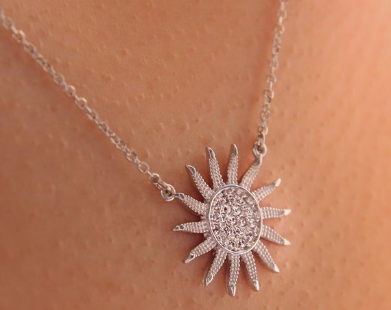 Sunflower Necklace, Gold Sunflower Necklace, Sunflower Charm, Gold Sun Necklace, Pave Sun Necklace, Bridesmaid Necklace, Sunflower Jewellry