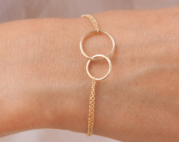 Gold Linked Rings, Linked Rings Bracelet, Double Circle Charm, Gold Chain Bracelet, Eternity Bracelet, Interlocking Circles, Family Bracelet