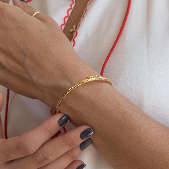 Classic Gold Bracelet, Hammered Gold Bracelet, Gold Oval Bracelet, Real Gold Bangle, Stacking Gold Cuff, 3 mm Wide Bracelet, 14k gold Bangle
