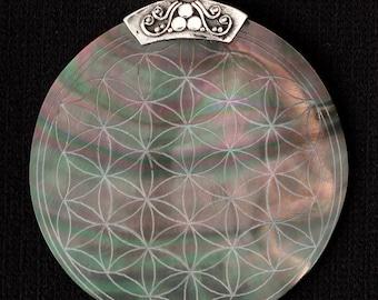 Flower Of Life Engraved Shell Pendant Wholesale