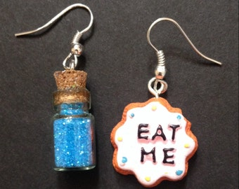 Alice in Wonderland Earrings, Mad Hatters Earrings, Eat Me Drink Me Earring