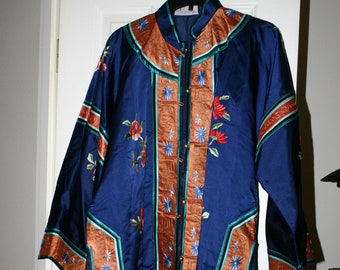 e0ae68dabb Exquisite VINTAGE CHINESE Embroidered Robe Jacket by Magnolia of Shanghai  Large Size