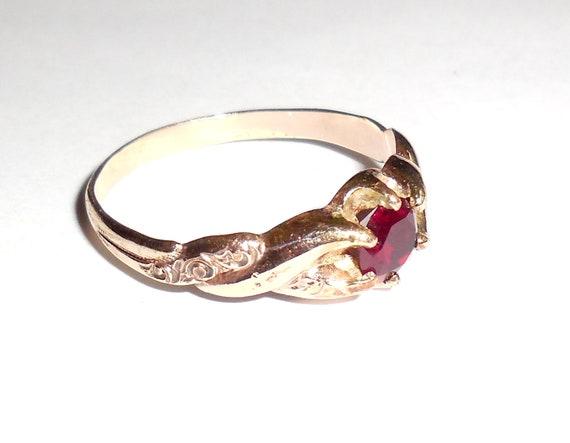 Antique Victorian 14K Rose Gold Garnet Ring Size 8