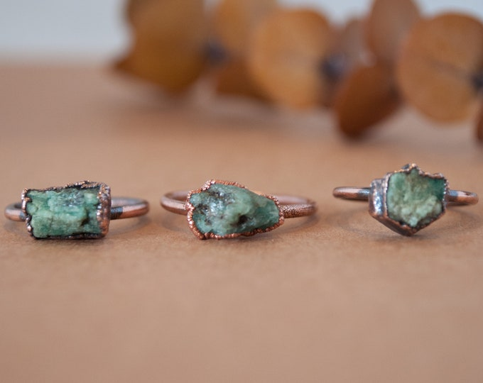 Emerald Ring - May Birthstone - Copper Ring - Stone Ring - Green Stone Ring - Raw Emerald Ring