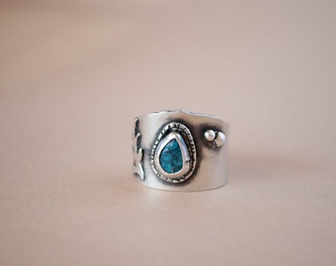 Size 8 Ring - Turquoise Ring - Sterling Silver Ring - Silver and Turquoise Ring