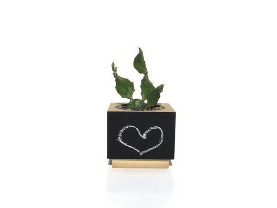 Succulent planter - Poplar Handmade Planter - Front chalkboard with a natural finish, for birthday and wedding, wood planter.