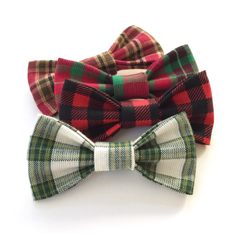 1 Bowtie! 25/% Post Holiday SALE Green /& White Plaid  Christmas Baby Boy Outfit Baby/'s First Christmas  Holiday Outfit  1 Bodysuit