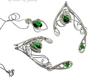 Lionheart pendant wire wrapped replica final fantasy jewelry elven jewelry set for elf costume green and silver shades elf ears and pendant fantasy lover gift fantasy jewelry with swarovski crystals aloadofball Images
