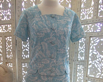 Vintage 60s skirt suit ladies suit blue lace suit lined in blue taffeta new/old stock dead stock short sleeve jacket pencil skirt