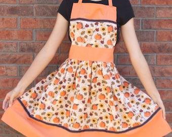 Sara Apron Pattern - Womens Apron Pattern - PDF Instant Download - Sewing Pattern - Frilly Ruffle - Cute - Christmas - Fall - Summer - Ebook