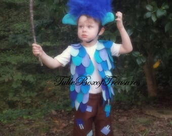 Grumpy Blue Troll (WITHOUT wig) and his branch