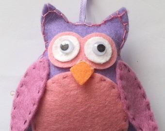 """OWL Kit """"die marianne"""" felt design"""