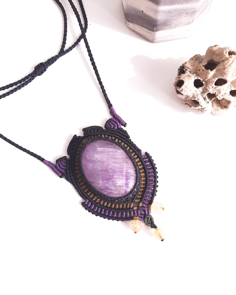 gift idea handmade for inner peace and awareness pendant gemstone macrame necklace Glorious Amethyst