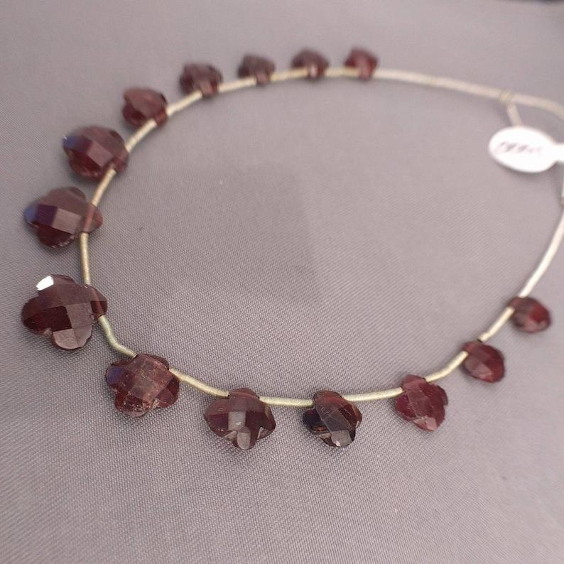 31ct Garnet Beads Faceted Flower Briolettes Faceted Garnet Flower Beads Mozambique Garnet Beads Set 7 Strand  GR1V3F0001