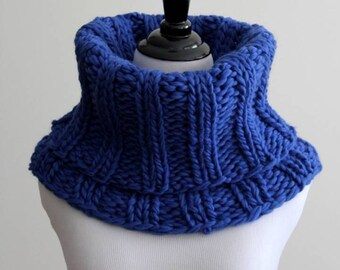 WOOL COWL, chunky knit cowl, knitted winter cowl, cobalt blue cowl scarf
