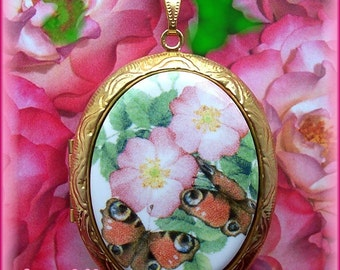 Porcelain LITTLE PURPLE PANSY Flower Cameo Costume Jewelry Goldtone Locket Pendant Necklace Cameo w 24 Inch Chain for Photos