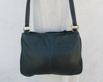 1990s Soft Green Leather Bag 030a663d9797c