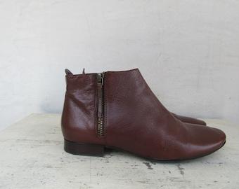 c1b79b1456 90s Cognac Leather Cole Haan Short ANkle Boots | Zipper Beatle Boots | 7  EURO 37.5