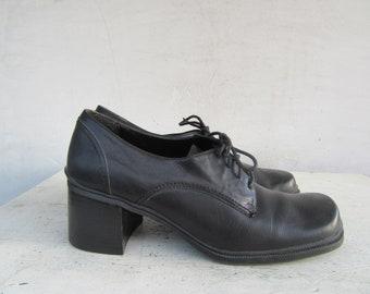cc1a10239beb 90s Chunky Heel Oxford Shoes