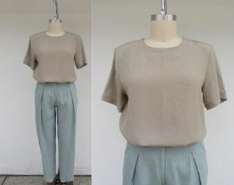 Size 12 L 80s 90s Jaquard White and Black Purse Silk Short Sleeve Keyhole Back Secretary Blouse