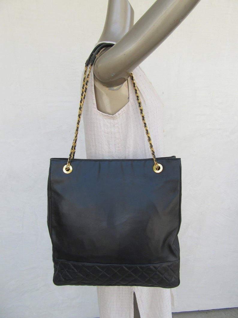 148109f68e 80s Quilted Black Leather Bag Chain Strap Black Purse Tote