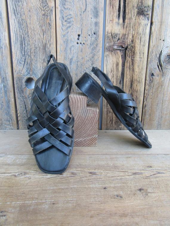 90s Strappy Black Leather Open Toe Block Heel Sand