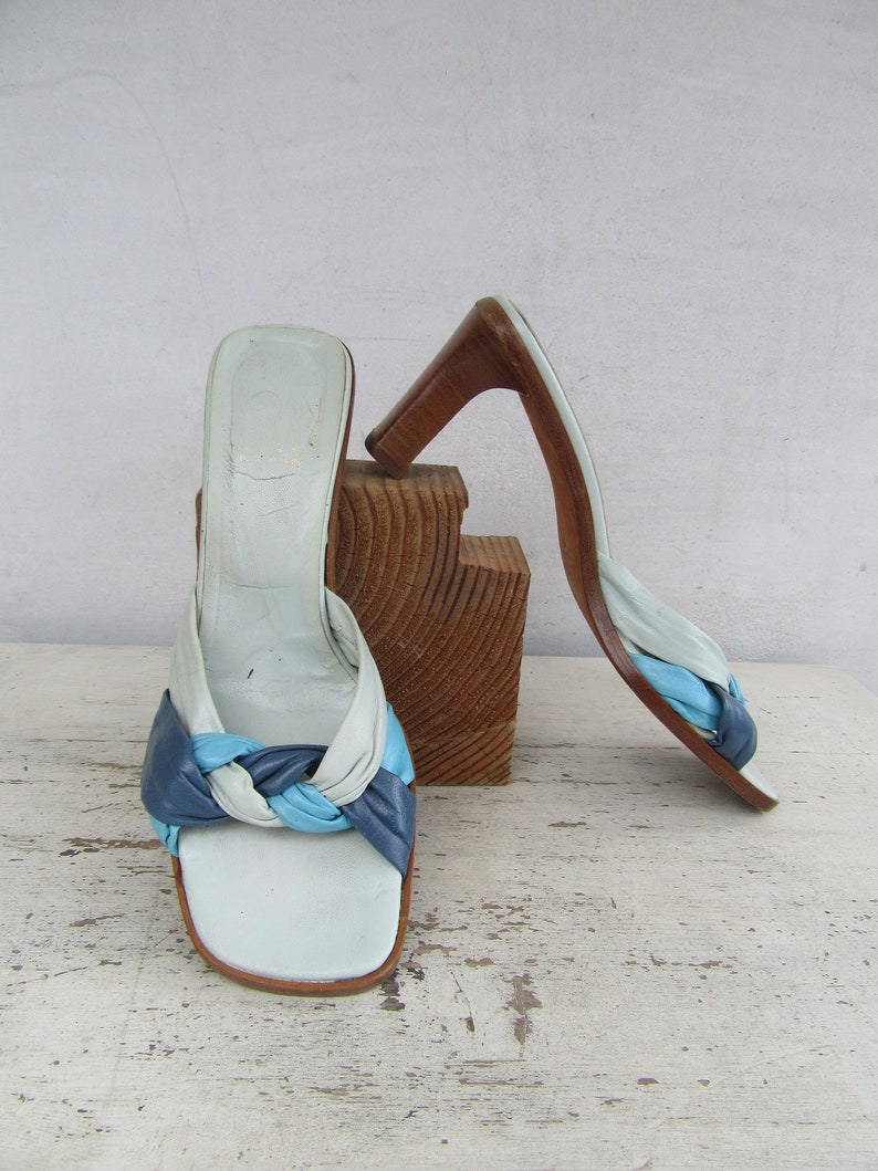 c32b76b7b77d0 90s Joan and Davide Blue Woven Open Toe BLock Square Chunky Chunk Heel  Mules Slides Sandals | 7 EURO 37.5