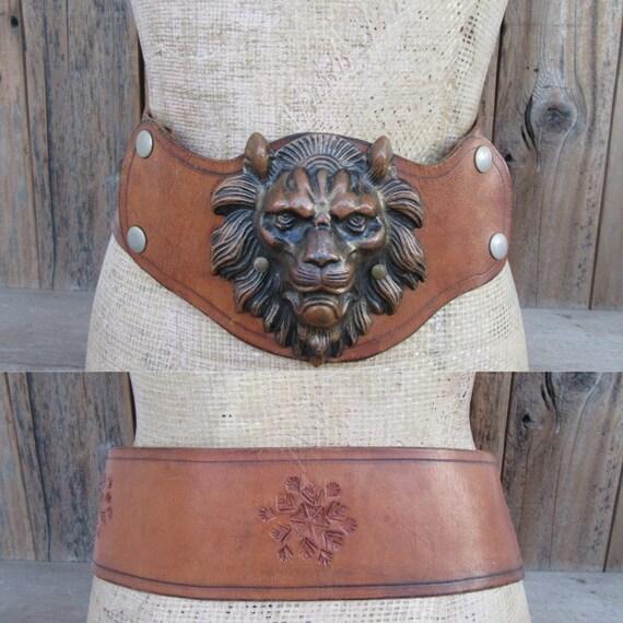 70s Wide Leather Corset Belt | Lion Head Belt | Ex