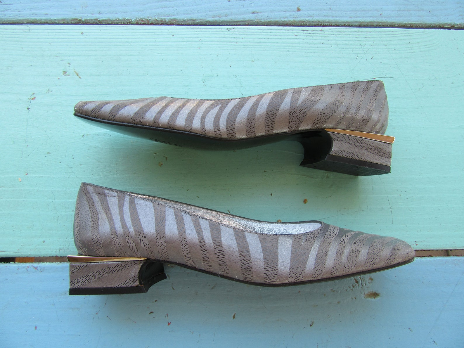 1990s square heel pumps, square heel flats, zebra pumps, ballet flats 90s minimalist, block heels, square toe career pumps, size