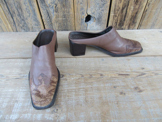90s Brown Leather Block Heel Square Toe Half Boot… - image 3