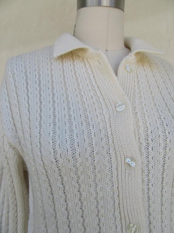 80s 90s Vanilla Cream Wool Blend Cropped Cardigan… - image 9