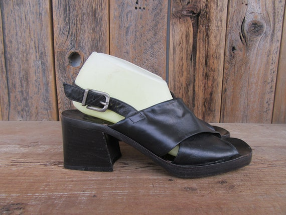 90s Criss Cross Open Toe Black Leather Joan and Da