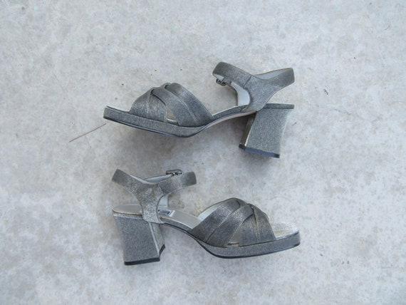 1990s Strappy OpenToe Block Heel Sandals, Minimali