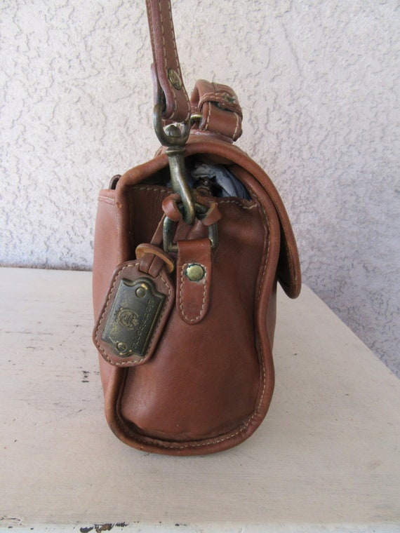 45c85e0bc2 80s Caramel Brown Leather Messenger Bag Distressed Purse