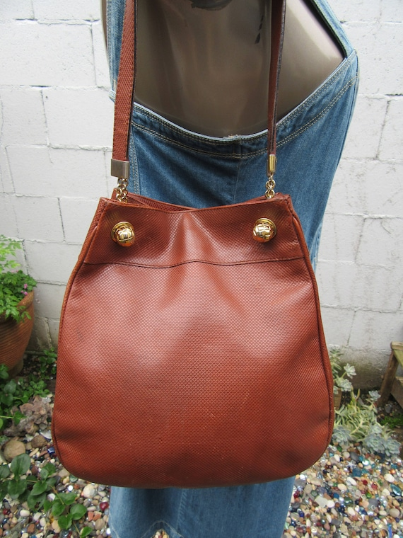 f6b254c3d5 Bottega Veneta Marco Polo Bag Texturized Leather Chain Detail
