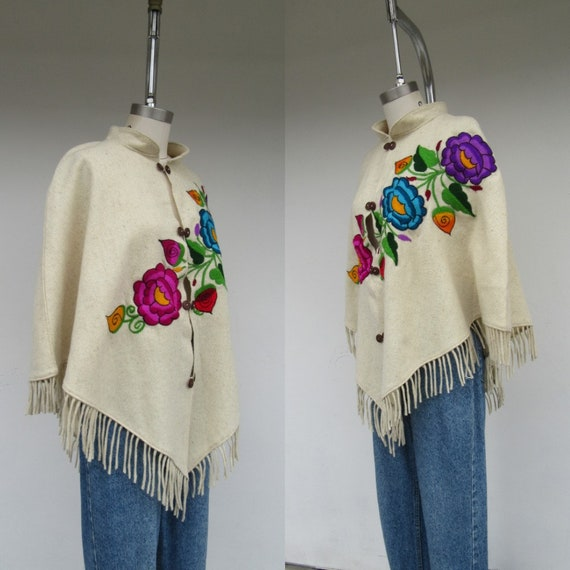 70s Style Wool Embroidered Poncho   Shawl Cape   M