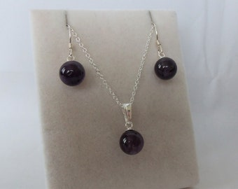 Sterling Silver Amethyst Earrings & Pendant Necklace Set.
