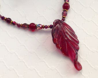 Boho Red Leaf Pendant Necklace Gift for Mom, Unique Jewelry, Statement Necklace & Earrings Birthday Gift for Her, Bohemian Beaded Jewelry