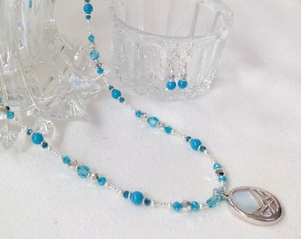Boho Blue Beaded Necklace for Women, Pendant Necklace Bohemian Beaded Jewelry Birthday Gift for Her, Unique Jewelry Mothers Day Gift for Mom