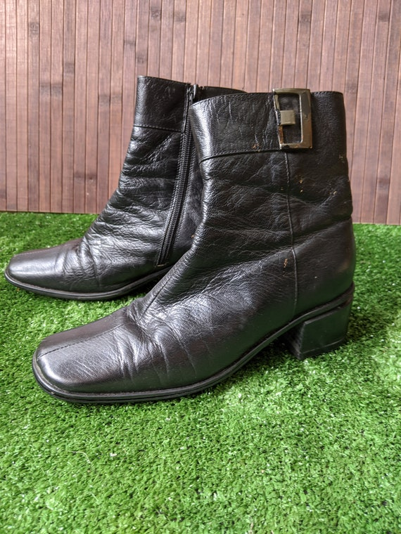 90's Black Leather Ankle Boots - image 1