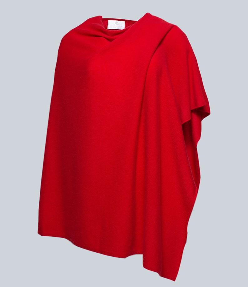 Anna Kristine 100/% Cashmere Scarlet Red Poncho Topper