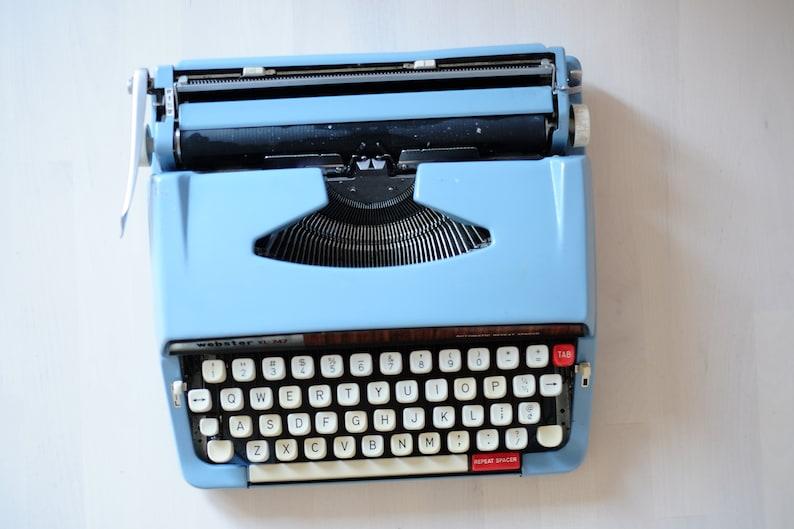 with Original Case and English Layout Brother Typewriter Vintage Webster XL-747 Blue TypeWriter