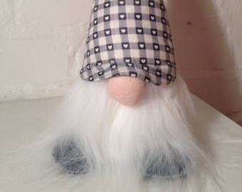 SIGFRID - Nordic Gnome - Tomte - Nisse  - Christmas Gnome with a grey gingham & heart hat.