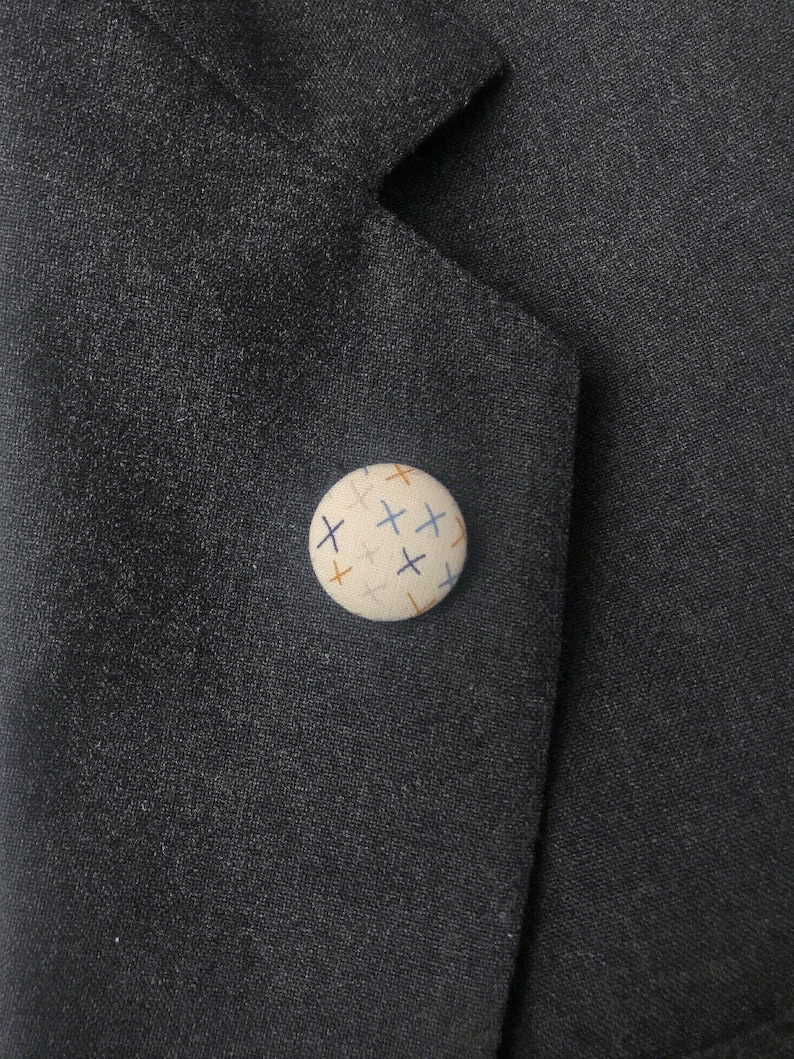 X Print Minimalist Groom Button Lapel Pins image 0