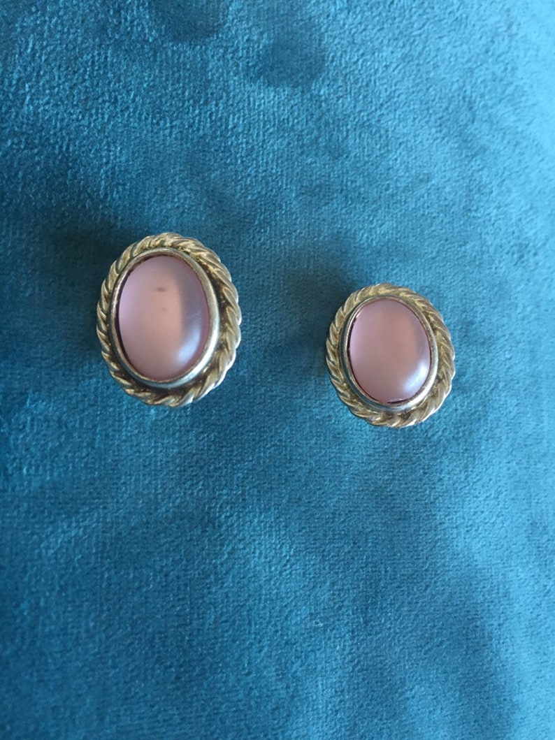 Vintage Clip On Earrings 1980 Pale Pink and Silver Coloured Clip Backs for Non Pierced Ears