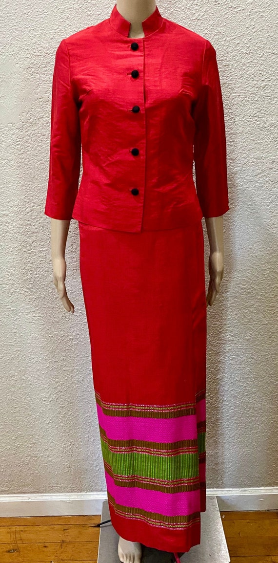 BOHO 60's Star of Siam Hand Woven Red Silk Shantun