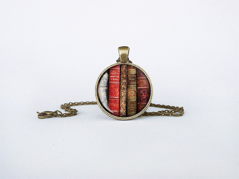 Books pendant Antique books necklace librarian gift bookworm jewelry teacher/'s gift reading addict birthday gift key ring cs152