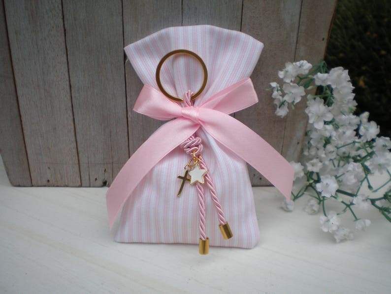 Star Baptism favor-Favor bag Gold and pink favor-koufeta bomboniera-girl baby shower gift-key chain favor-25 pcs