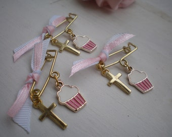 Witness pins for girl-Cupcake martyrika- Orthodox baptism day - martirika for a girl