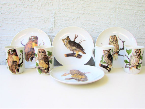 Vintage Mid Century Modern Whimsical OWL Owls 7.5 Luncheon Plates Set of 4 Fitz and Floyd  Fine Porcelain 7.5 Diameter Japan 1970s